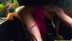 Hot Young porn stars Ana Rose and Justin Hunt sexy plays in car!